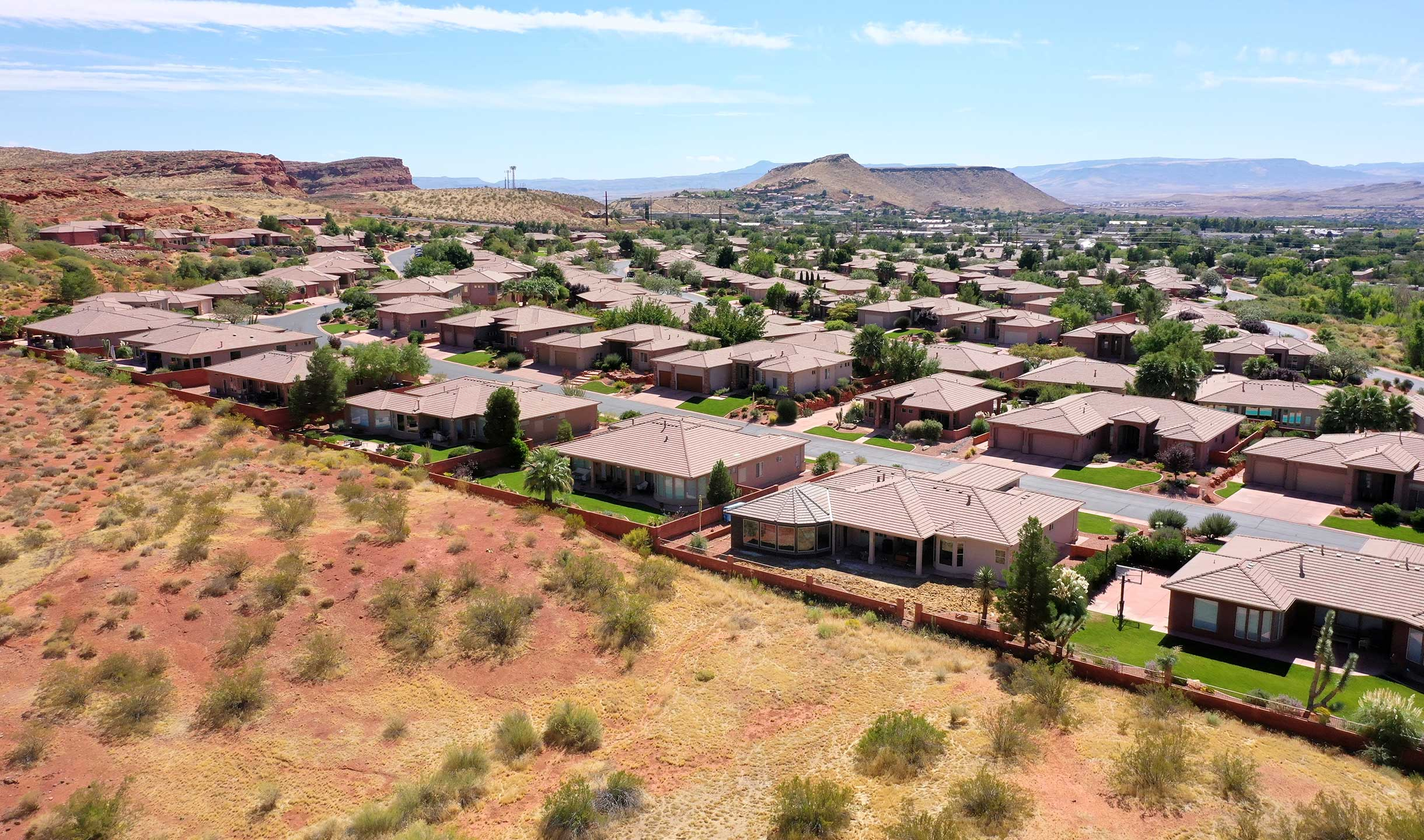 Paradise Canyon Luxury Homes For sale
